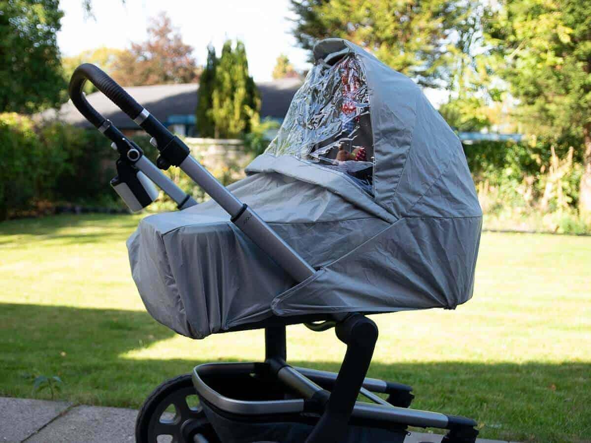 Kinderwagen Regenschutz ist absolut empfehlenswert für schlechte Tage