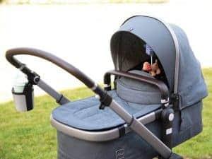 Unser Joolz Kinderwagen inklusive Zubehör für Unterwegs