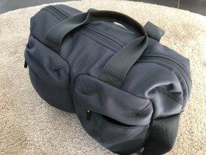 Baby Erstausstattung - Unsere Wickeltasche ist bei jeder Tour dabei