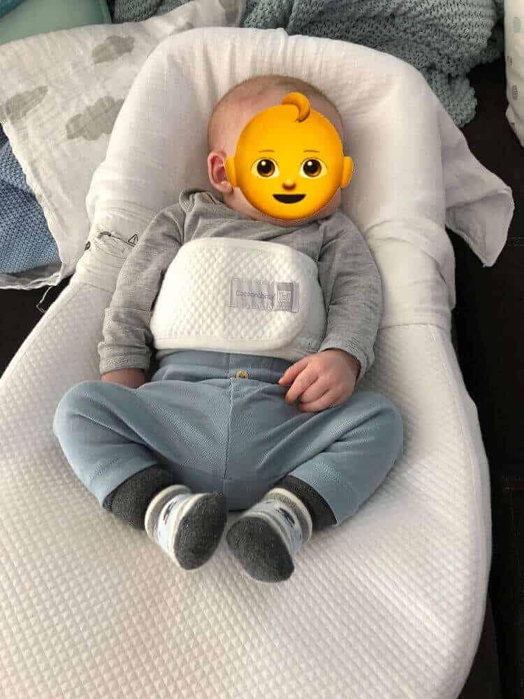 Babys schlafen manchmal in komischer Haltung ;-)