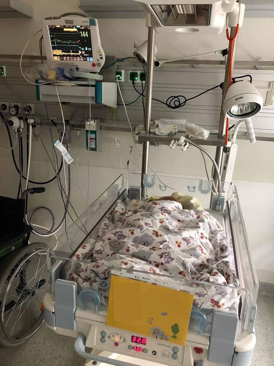 Unser Baby war nach der Geburt für zwei Tage zur Kontrolle auf der Intensivstation - Verdacht auf eine Infektion