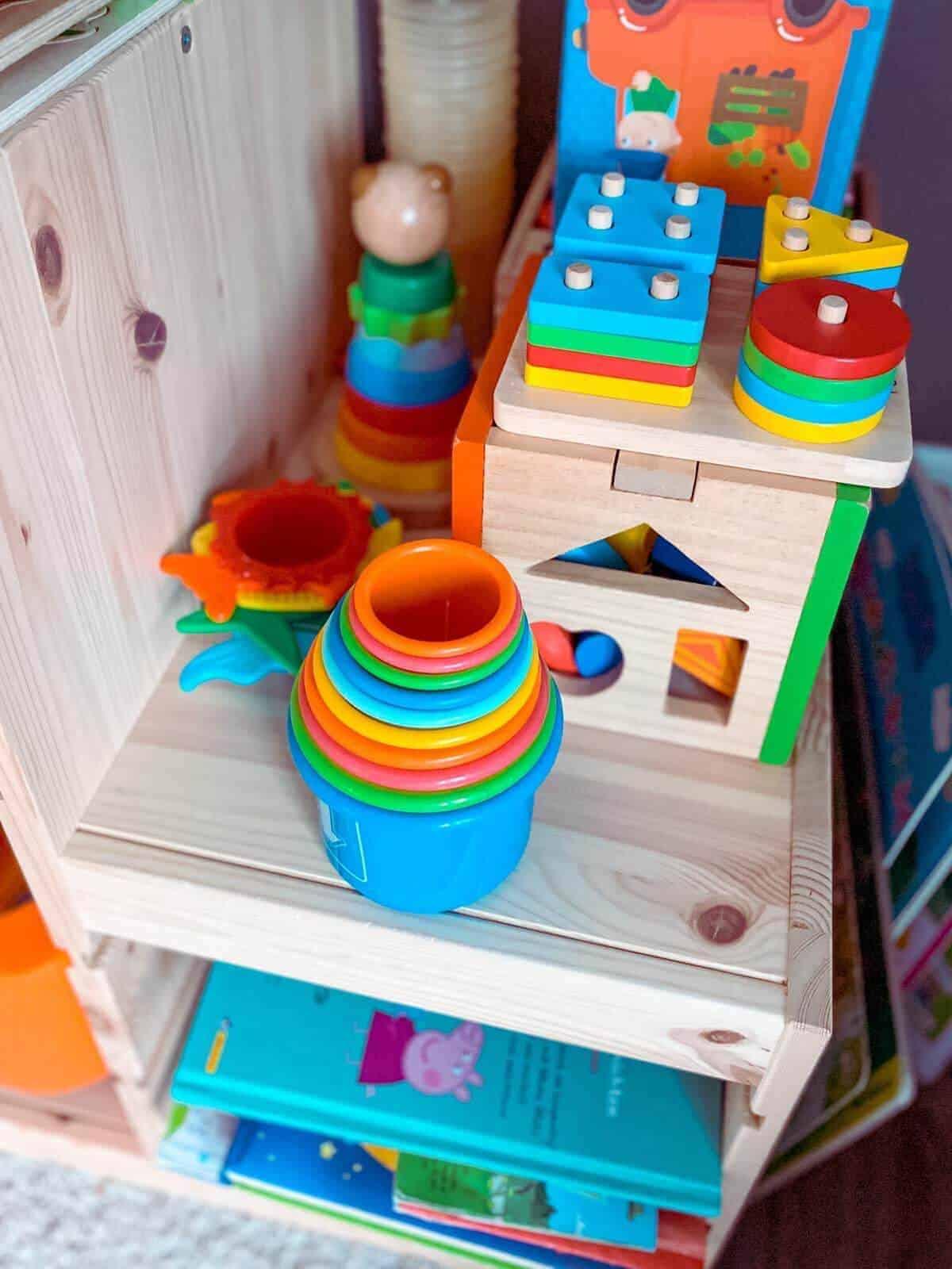 In der Kita gibt es nicht nur Unmengen an Spielzeug, vor allem der Kontakt mit vielen anderen Kindern tut unserem Nachwuchs sehr gut