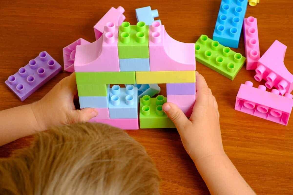 Wenn man keinen Kindergartenplatz findet, ist die Tagesmutter vielleicht eine Alternative