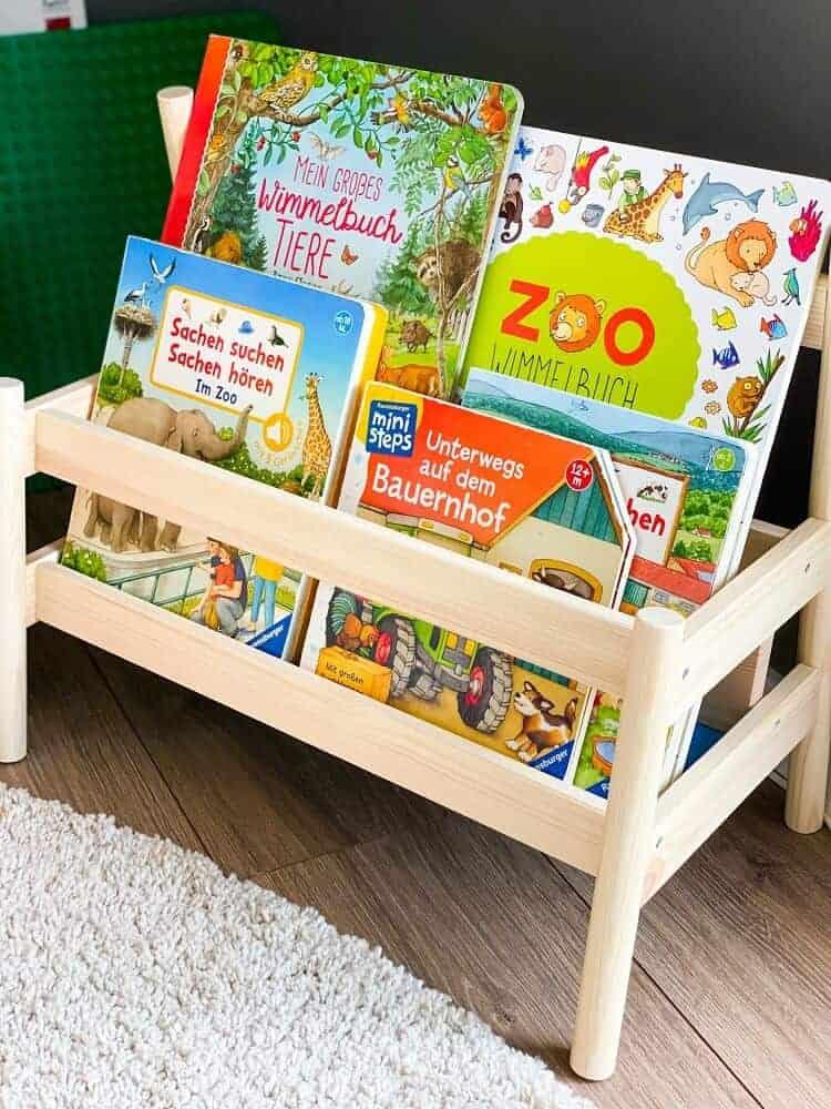 Das IKEA FLISAT Bücherregal hat eine tolle Qualität und sieht super aus