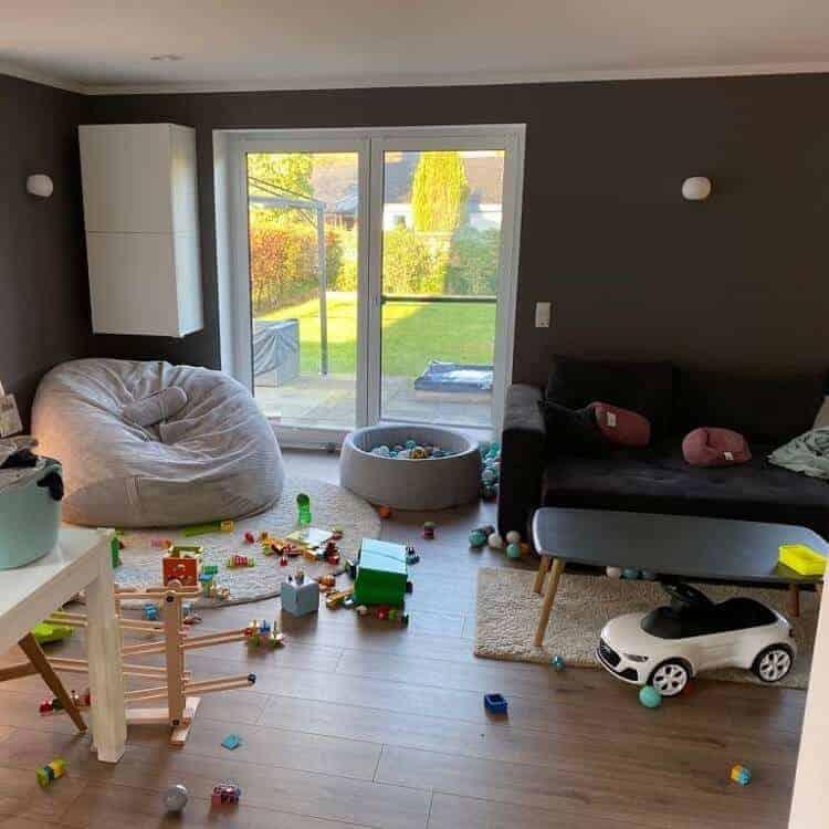Mit einem Kind zieht häufig auch Chaos ins Wohnzimmer ein