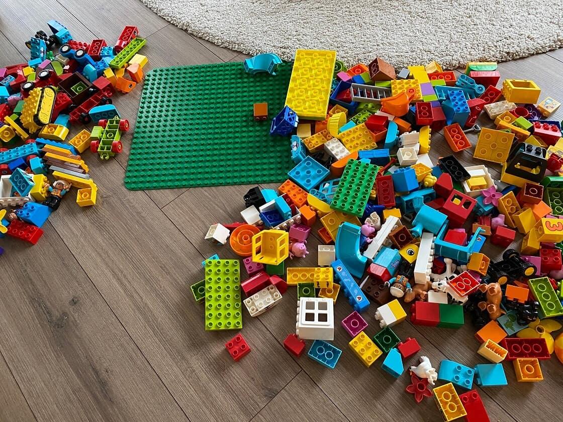 Lego Duplo ab 1 Jahr - Bei uns Zuhause wird munter gebaut und gestapelt