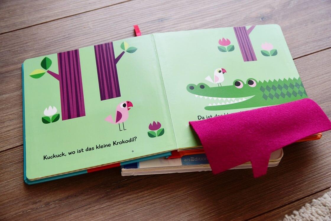 Mit kleinen Büchern zum Gucken und Anfassen werden verschiedene Sinne des Kindes gefördert, weshalb sie sich gut als Spielzeug eignen