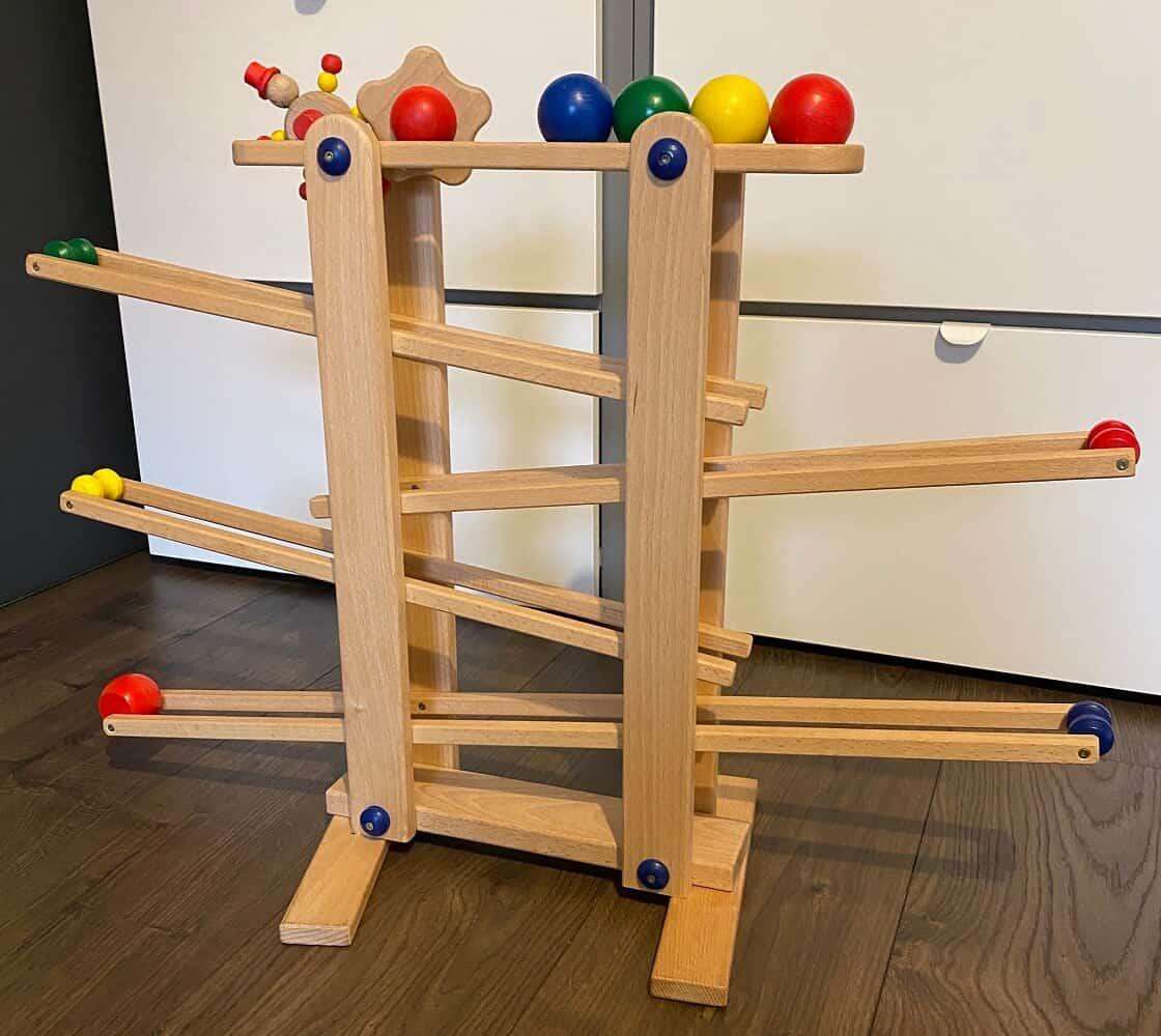 Spielsachen ab 1 Jahr - Die Kugelbahn wird bei uns mittlerweile seit 1,5 Jahren verwendet und immer noch geliebt