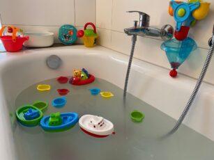 Wasserspielzeug ab 1 Jahr – Unsere Erfahrungen und Tipps