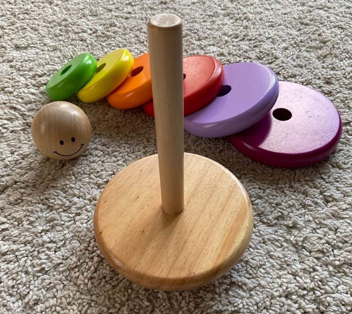 Ringturm aus Holz ab 1 - Unser Kind hat viele Monate damit gespielt