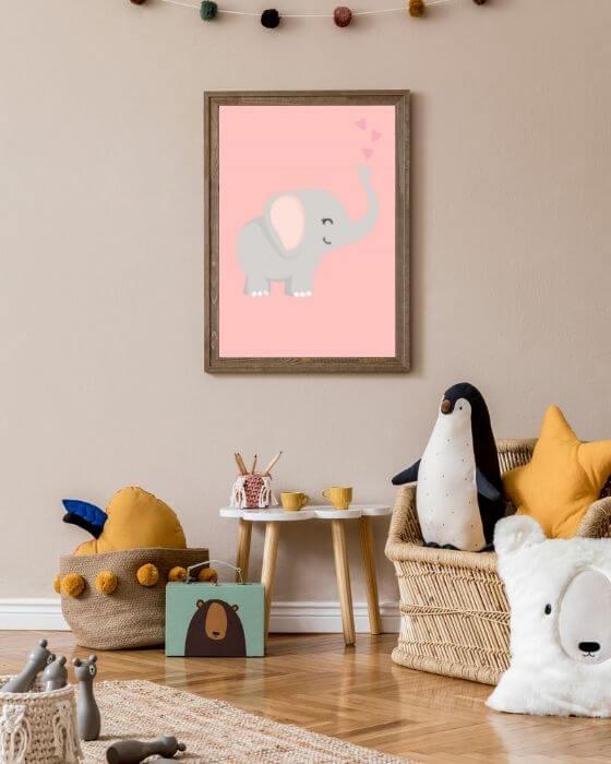 Wandbilder Babyzimmer: Elefanten-Poster eingefasst in einem rustikalen Rahmen in Braun