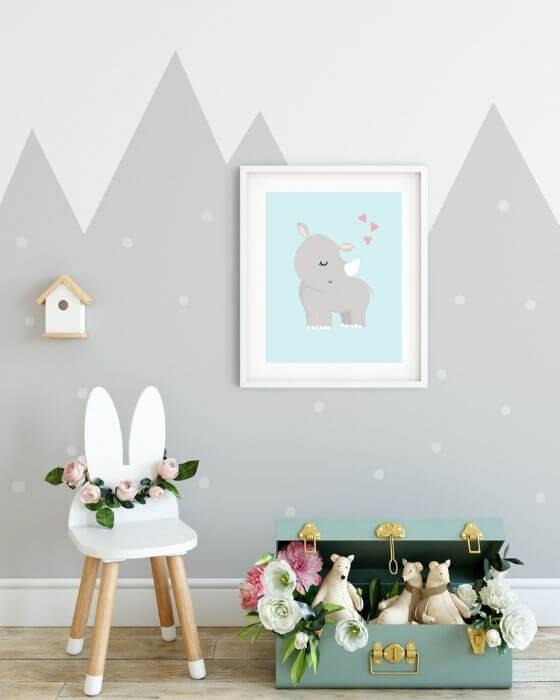 Süßes Nashorn-Poster eingebettet in einen weißen Rahmen mit breitem Rand