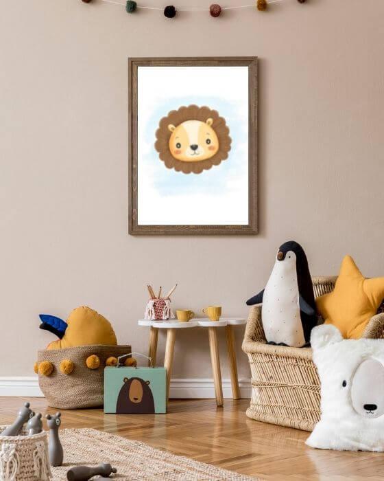 Babyzimmer Poster Löwe - Löwe im Posterformat in einem rustikalen braunen Rahmen